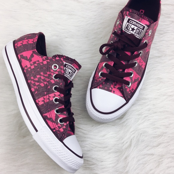 231961cb0d0d Converse pink maroon geo aztec converse all stars